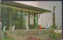 C. Postale - Milwaukee Public Museum - Circa 1960 - Non Circulee - A1RR2 - Milwaukee