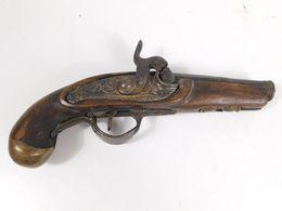 PISTOLET XIXEME DE COLLECTION ANCIEN BOIS ET METAL - Armas De Colección