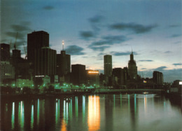 L037013 Victoria. Melbourne Under Total Eclipse. Nu Color Vue. 1973 - Monde