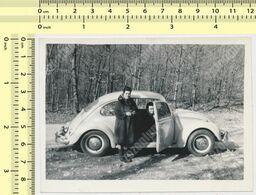 REAL PHOTO ANCIENNE , Old Car VW , Woman Man, Auto Voitur Automobilia   Old Photo ORIGINAL - Automobili