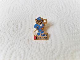 PINS INFORMATIQUE CATS CLARION CHAT / Signé ARCANE / 33NAT - Informatik