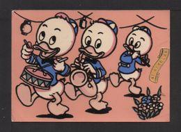 """CPM Feutrine . """"St-Nicolas"""" . Les 3 Neveux De DONALD . Walt-Disney .(fond De La Carte Est Rouge) - Fancy Cards"""