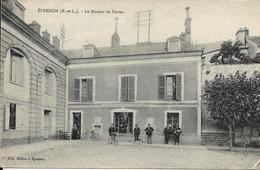 28 EPERNON - Le Bureau De Poste - Epernon