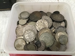 LOT De 1,117 Kilo De Monnaies En Argent Tout Pays - Otras Monedas