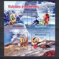 MOZAMBIQUE - MNH - VOLCANOS - MI.NO.KLB 6637/42 - CV = 13 € - Volcans