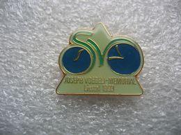 Pin's D'origine Suisse, Course De Vélo, Mémorial Joseph Voegeli à Liestal En 1993. Série Limitée à 4000 Pieces - Ciclismo
