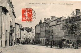 V797Mz  87 Bellac Place De La Republique Rue Thiers En TBE - Bellac