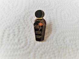 PINS  PARFUM EAU DE TOILETTE COSMETIQUE ROSE NOIRE GIORGIO VALENTI PARIS / Base Dorée / 33NAT - Parfum