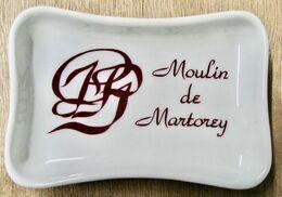 CENDRIER MOULIN DE MARTOREY / DECOR CHOMETTE FAVOR - Asbakken