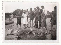 Foto Photo: POST MORTEM - Fund Einer Toten Frau Am Strand - Fotos