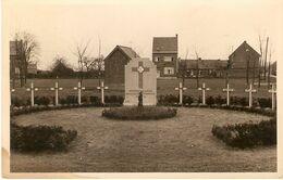 Arendonck / Arendonk : Militair Kerkhof En Gedenkteken Van 3* Karabiniers -- 4*Franse Dragonders - Arendonk