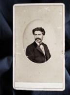 Photo CDV Burguet - Portrait Homme, Dédicace Signée Au Dos Datée 1872 L498S - Anciennes (Av. 1900)