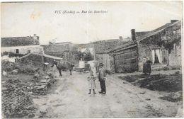 VIX : RUE DES BOURDHIAS - Frankreich