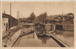 D54 - JARVILLE - LE CANAL - LES ECLUSES ET LE PORT - Péniche - Carte Sépia - Autres Communes