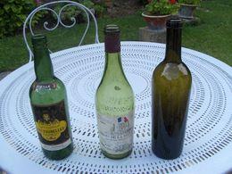 Lot De 3 Bouteilles  Vide (la Verte Ancienne Avec Bulles  Fait 728g) Les Tourelles-commemoration De La Revolution - Other Bottles
