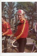 CYCLISME   Tour De France  AUTOGRAPHE  THIERRY MARIE  Photo Prise RUBAN GRANITIER  BRETON  1984 - Cyclisme