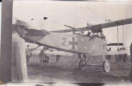 Photo Originale Guerre WW1 Avion Allemand LVG / Luftverkehrsgese Pris Par L'Armée Française 4/6/1916 Ref 936 - Krieg, Militär