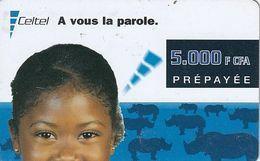 GABON - Girl & Rhinos, Celtel Prepaid Card 5000 F CFA, Exp.date 07/02, Used - Gabun