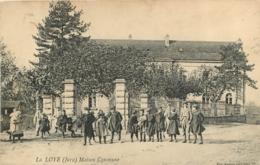 LA LOYE MAISON COMMUNE - Frankreich