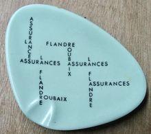 CENDRIER FLANDRE ASSURANCES ROUBAIX / ANNECY ORNAMINE - Asbakken