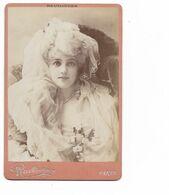 Photo Ancienne Sur Carton Du Photographe Parisien Reutlinger (personnage Sur La Photo Pas Reconnu) - Photographie
