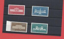 Série De 4 Timbres ALLEMAND De 1970 - Neuf - Architecture - Jeux Olympiques - Other