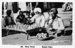 20-9481 : KARACHI. SREET DOCTOR - Pakistan