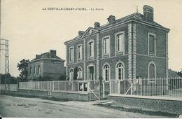 76 LA NEUVILLE-CHAMP D'OISEL - La Mairie - France