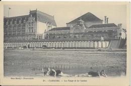 Cabourg -   La Plage Et Le Casino  - Collection Mme Martyl, Nouveautés (animée : Baigneuses) - Cabourg