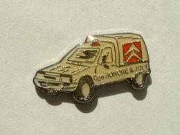 PIN'S CITROËN - GARAGE HONORE & JOLY - C15 - Citroën