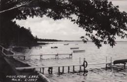 Michigan Houghton Lake Docks Along Shoreline Real Photo - Etats-Unis