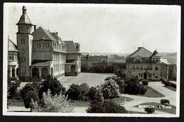 Carte Photo - Remich - L'école - Hôtel De Ville - Circulée  - Edit. Nic. Sibenaler - 2 Scans - Remich