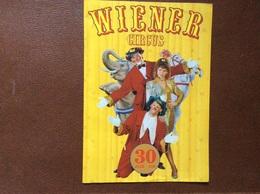 ALBUM PROGRAMME CIRQUE Grand Format  WIENER Circus  LA VACHE QUI RIT  Annee 1995  BELGIQUE - Programs