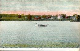Iowa Alpha Boating On The Lake - Etats-Unis