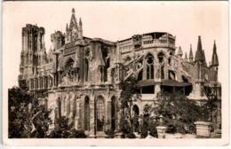 31kse 12  LA CATHEDRALE DE REIMS APRES LA GUERRE - Reims