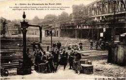 CPA Paris 10e - Gréve Des Cheminots Du Nord (88017) - Huelga