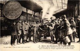 CPA Paris 10e - Gréve Des Cheminots Du Nord (88019) - Huelga