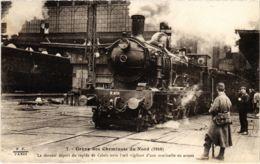 CPA Paris 10e - Gréve Des Cheminots Du Nord (88031) - Huelga
