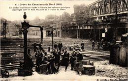 CPA Paris 10e - Gréve Des Cheminots Du Nord (88033) - Huelga