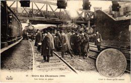 CPA Paris 10e - Gréve Des Cheminots (88035) - Huelga