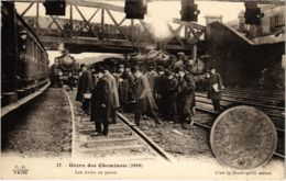 CPA Paris 10e - Gréve Des Cheminots (88036) - Huelga