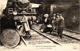 CPA Paris 10e - Gréve Des Cheminots (88037) - Grèves