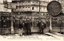 CPA Paris 17e - Gréve Des Cheminots De L'Ouest-Etat (88042) - Huelga