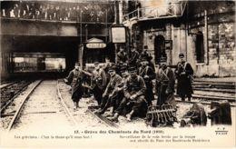 CPA Paris 10e - Gréve Des Cheminots Du Nord (88048) - Huelga