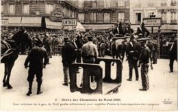 CPA Paris 10e - Gréve Des Cheminots Du Nord (88051) - Huelga