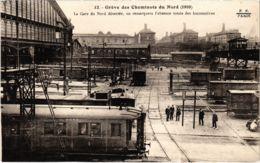 CPA Paris 10e - Gréve Des Cheminots Du Nord (88054) - Huelga