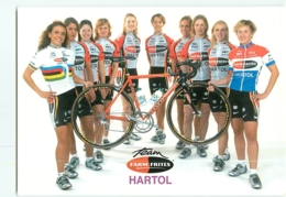 Equipe Féminine FARM FRITES HARTOL 2003. Carte De Groupe . 2 Scans. Cyclisme Féminin - Cycling
