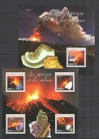 ST2748 2014 NIGER NATURE GEOLOGY CRYSTALS MINERALS & VOLCANOES KB+BL MNH - Otros