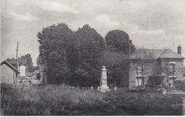 GIVONNE - Monument Aux Morts Et Rue Du Rossignol - Plan RARE - TBE - Sonstige Gemeinden