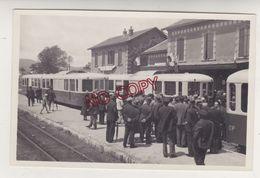 Var Gare Hyères-Ville 1935 Mise En Place Autorail Diesel Brissonneau Et Lotz Ligne Toulon Saint Raphaël * Beau Format - Trains